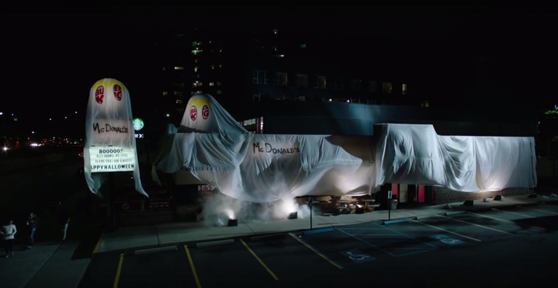 Halloween-Streich: Burger King verkleidet New Yorker Filiale als McDonald's – und das Netz feiert