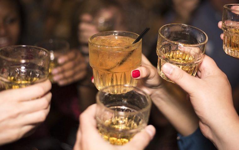 Die Trinker*innen-Typologie: Was dein Trinkverhalten über dich aussagt
