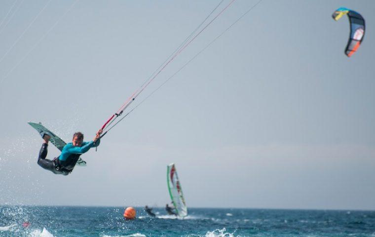 Windige Typen: Beim Founders Kite Club treffen sich Unternehmer und Investoren zum Kitesurfen