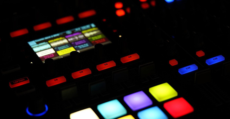 Kommt Musik und Literatur bald auch aus dem digitalen Reagenzglas?