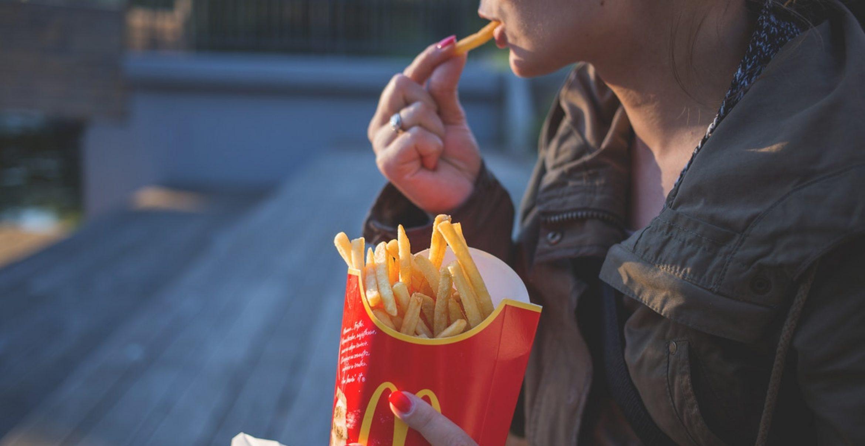 Studie: McDonalds-Pommes sollen gegen Haarausfall helfen