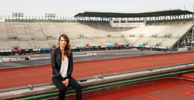 Karriere ohne Boxenstopp: Vanessa Mientus baut Formel-1-Pisten