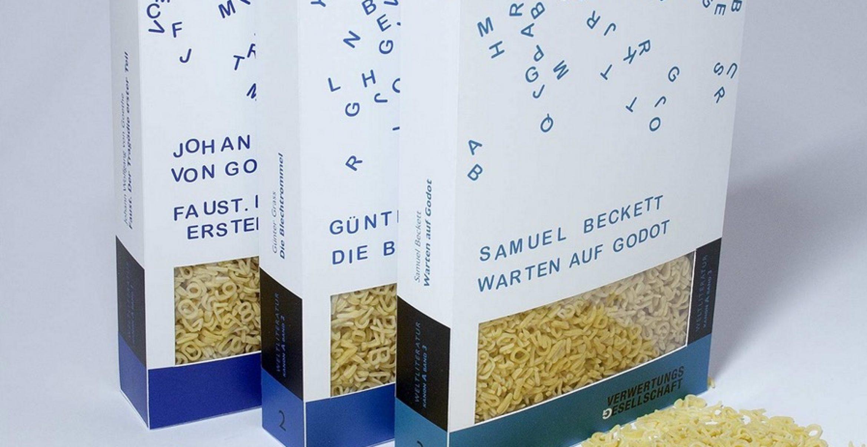 Prestige-Bücherregal adieu: Endlich gibt es Weltliteratur als Buchstabensuppe