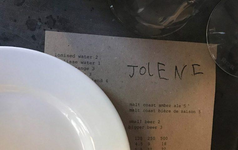 Kreatives Kid: Sechsjähriger designt das Logo eines Restaurants