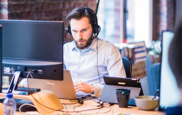 Fünf Tipps, wie ihr Telko-Meetings effizienter gestaltet
