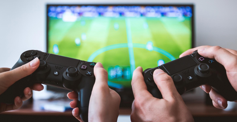 Spielekonsole statt Stadion: Wie der Profisport seine Matches ins Virtuelle verlegt