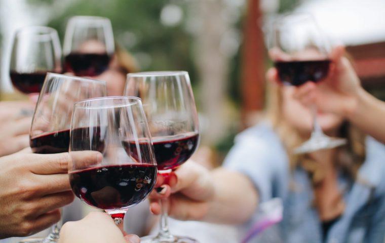 In einer italienischen Gemeinde floss Wein statt Wasser aus der Leitung