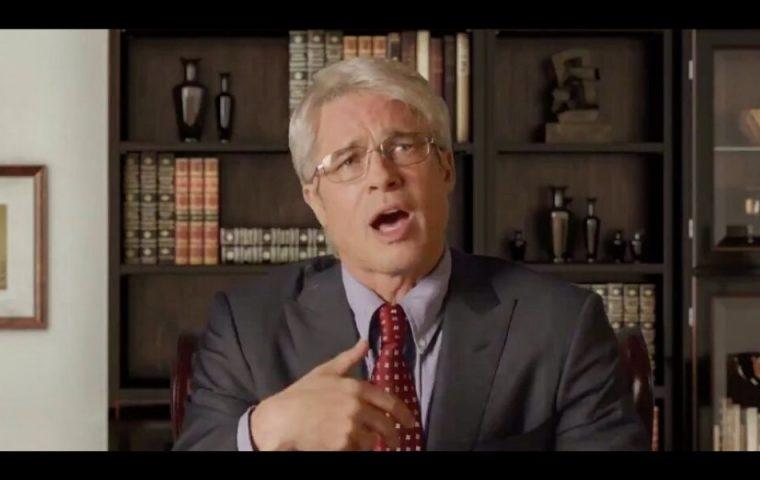 """Saturday Night Live"": Als Virologe Anthony Fauci teilt Brad Pitt gegen Trump aus"