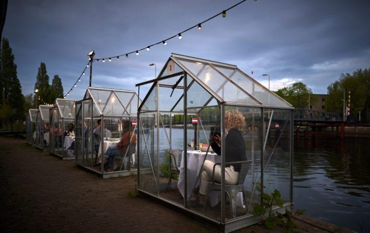 Dinner mit Abstand: In Amsterdam werden neue Formen von Restaurant-Besuchen getestet