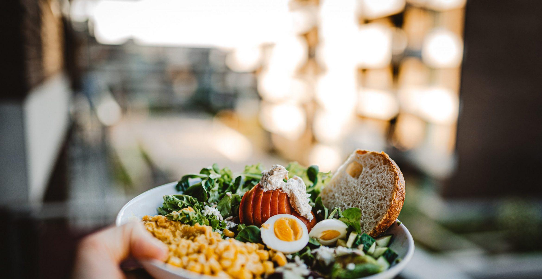Wieso wir unseren Lunch während der Mittagspause richtig zelebrieren sollten