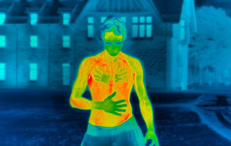Ausziehen für die Wärmebildkamera: Wie unser Körper bei extremer Kälte abkühlt