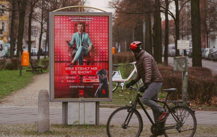 """""""Lupin"""" schleicht sich in Werbung von Joko Winterscheidt"""