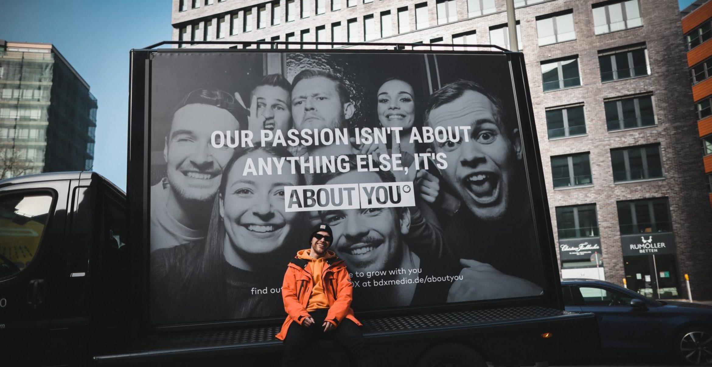 Um About You als Kunden zu gewinnen: Leipziger Agentur startet Guerilla-Aktion