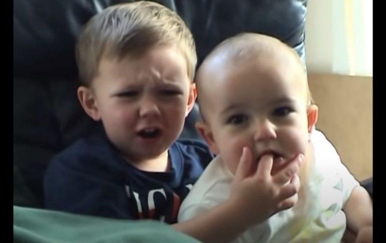 """""""Charlie bit my Finger"""" wird als NFT versteigert – und dann auf Youtube gelöscht"""