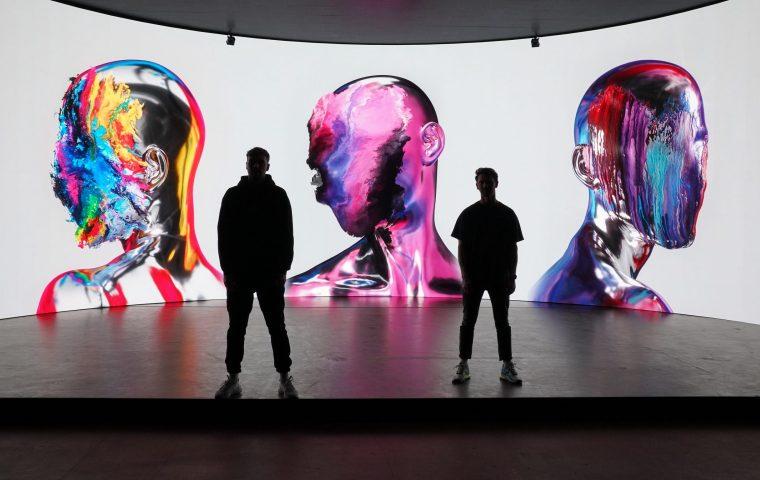 NFT-Hype: Paul Schrader und Looping Lovers versteigern Digital-Kunstwerk