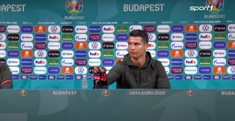 Ronaldo sorgt durch Pressekonferenz für Kurssturz der Coca-Cola Aktie