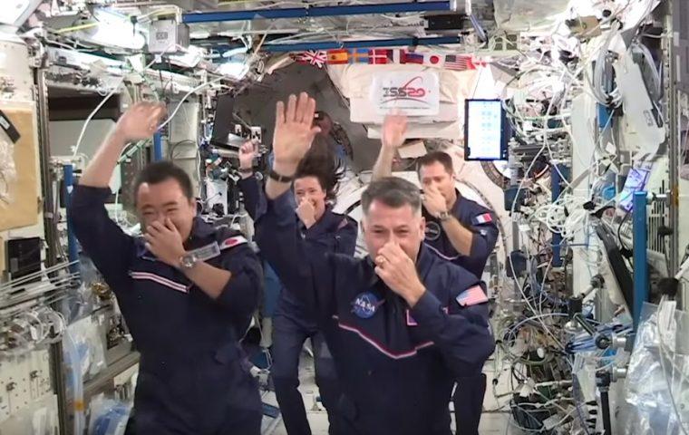 "Olympia im All: Astronaut:innen auf der ISS organisieren ""Space Olympics"""
