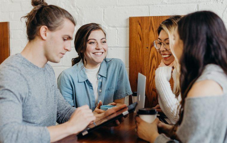 Was du aus deiner Liebesbeziehung für den Arbeitsalltag lernen kannst