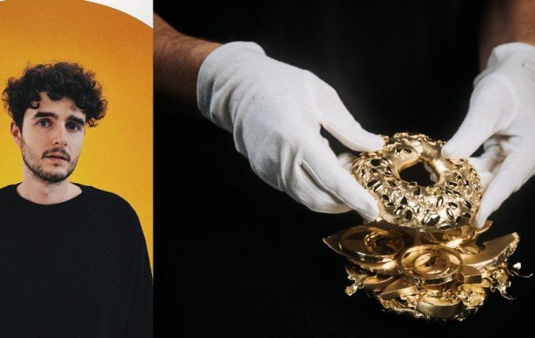 Künstler Tim Bengel macht teuersten Avocado-Bagel der Welt – aus Gold