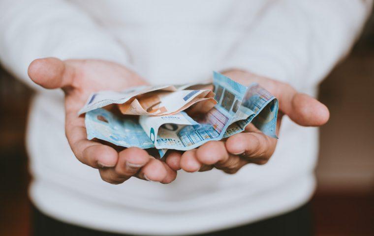 Klarna-Studie zeigt: Deutsche sparen am wenigsten