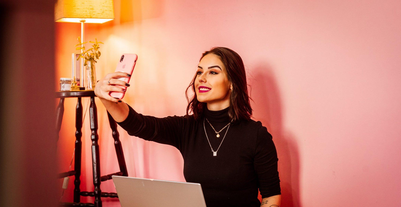 Interview: Müssen Führungskräfte auf Social Media heutzutage sichtbar sein?